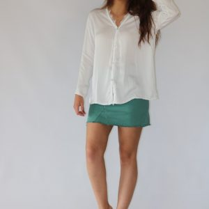 Blusa blanca para mujer en tejido vaporoso, detalle en encaje